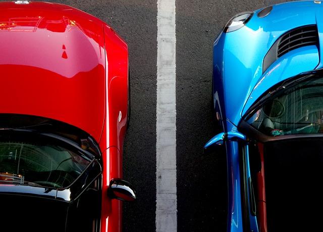 修理代と保険を使った場合の将来保険料を天秤に掛ける・駐車場・当て逃げ・車両保険