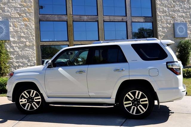 車の盗難に保険で備える:盗まれたら車両保険から全額支払い・支払われないケース