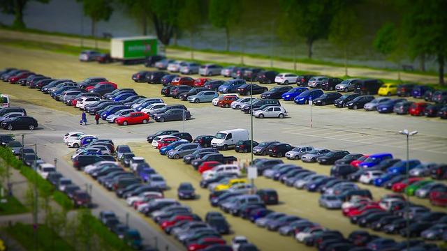 ドアパンチ・等級・保険・車両保険を使っても等級が下がらないケースもある・駐車場・当て逃げ