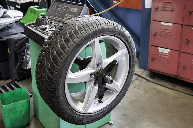 スマイル工房とは・ソニー損保|提携修理工場|スマイル工房|事故修理に特典