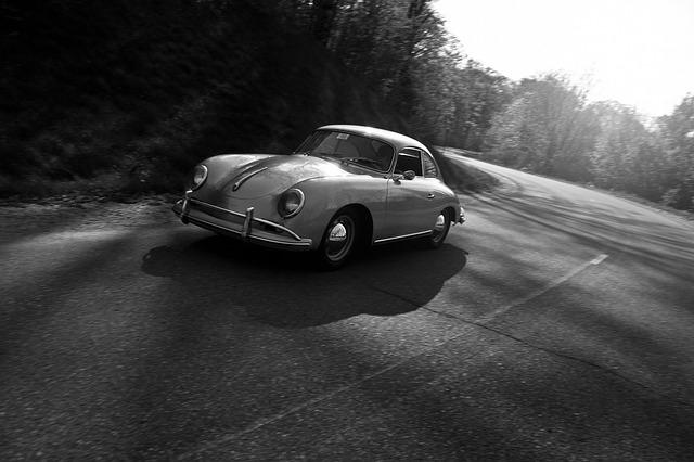 旧車・クラシックカーは車両保険に入れない・ソニー損保|車両保険の金額の決め方|新車・中古車|詳説