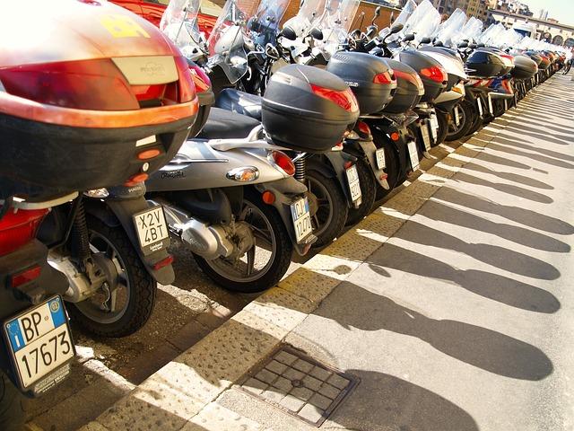 バイクが何台あってもOK・借りたバイクでもOK・ファミリーバイク特約損保ジャパン東京海上日動三井住友海上あいおいニッセイ