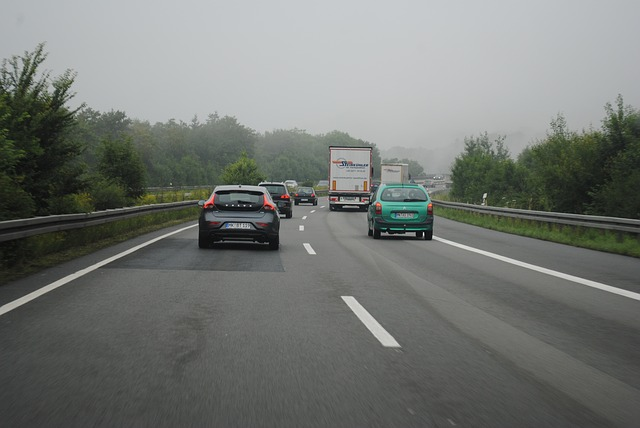 他人の車を臨時に運転中の事故が対象・他車運転特約|ソニー損保|代車・レンタカーもOK|解説