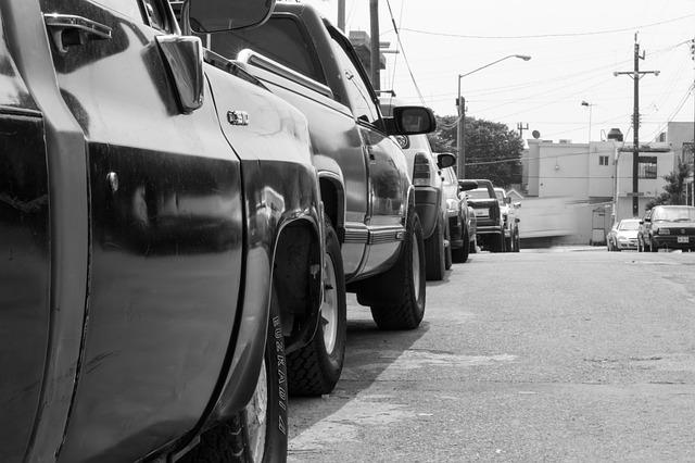 地震特約がある会社ない会社を一覧表で比較・自動車保険|地震特約|地震で車が壊れたら|地震・噴火・津波