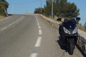 被保険者の範囲・補償の対象になる人・イーデザイン損保|ファミリーバイク特約|値段・盗難・家族・ロードサービス・年齢・自損事故型・人身傷害型・ミニカー
