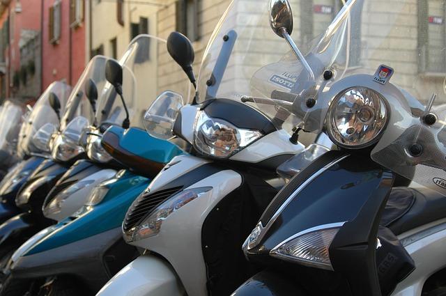 被保険者(補償の対象になる人)の範囲・ソニー損保|ファミリーバイク特約|追加料金・補償額・家族