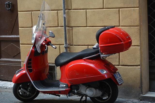 125cc以下のバイクならファミリーバイク特約のほうがおすすめです・ソニー損保|バイク保険|125cc以下・250cc・400cc