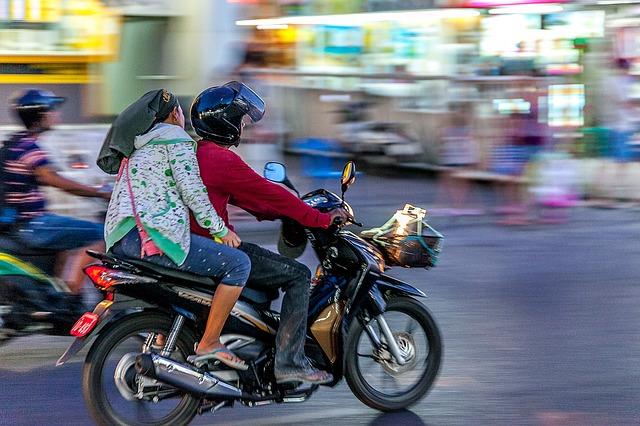 そもそもバイク保険のせつめいがないなんて・東京海上日動 バイク保険|見積もり・金額・値段・料金・保険料