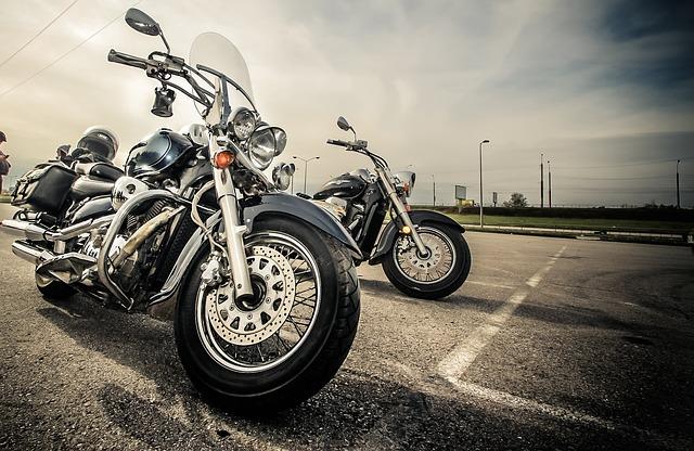 インターネット契約するなら実質的に3社・バイク保険 安い|原付・125・250・400|見積もり