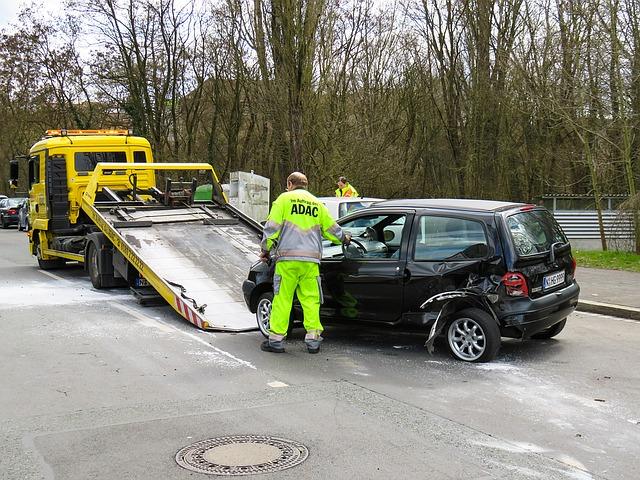 事故日から1年以内に修理する・車両全損修理時特約とは|超過した修理代のため|車両保険・車両超過修理費用特約・車両修理時支払限度額引上げ特約