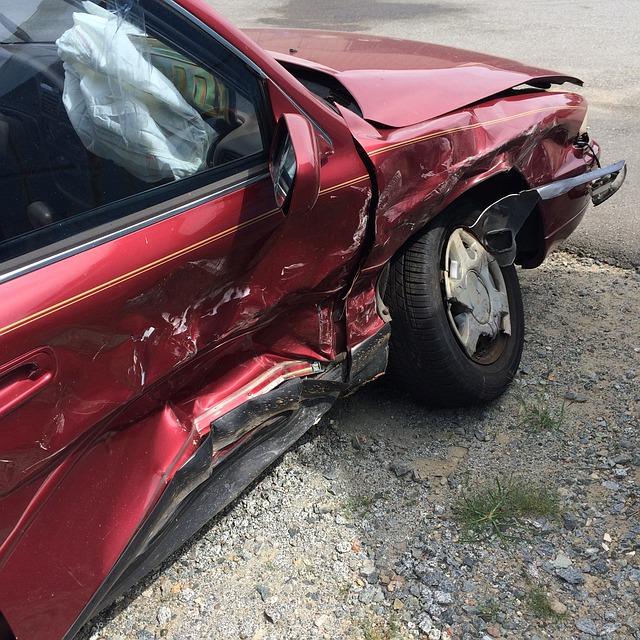 対物全損時修理差額費用特約・車両全損時諸費用補償特約とは|車が全損した時のお見舞金