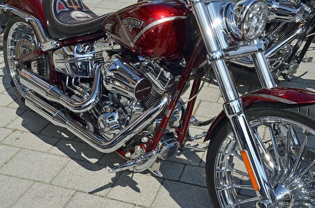 年齢条件を他社と比較・アクサダイレクト バイク保険 見積もり|金額・料金・値段・保険料