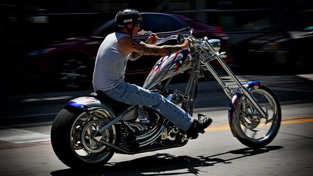 年齢条件・イーデザイン損保 バイク保険見積もり・金額・料金・値段・保険料