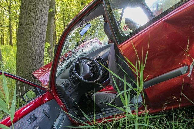 早わかり・車両全損修理時特約とは|超過した修理代のため|車両保険・車両超過修理費用特約・車両修理時支払限度額引上げ特約