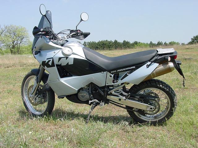 早わかり・全労済のロードサービス・全労済・バイク保険・ロードサービス・ガス欠・パンク・バッテリー上がり・キー閉じ込み