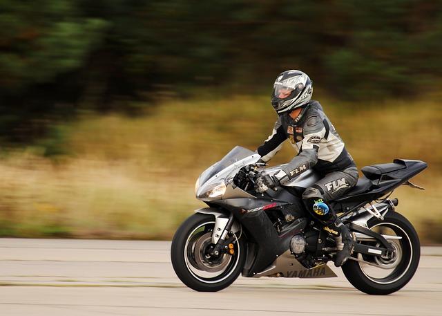 比較すると結局どこがベストか・チューリッヒ バイク保険 見積もり|料金・金額・値段・保険料