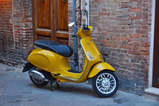 125cc以下の原付バイクならファミリーバイク特約がある・SBI損保 バイク保険|見積もり・金額・値段・料金・保険料