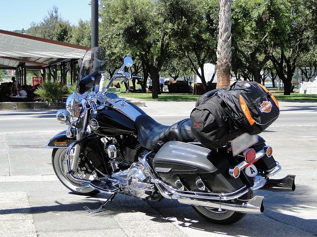3社の補償内容を比較すると・おとなの自動車保険(セゾン) バイク保険見積もり・金額・値段