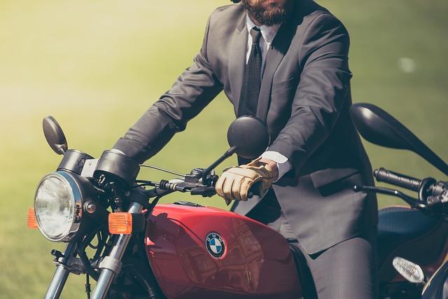 バイクの保険を種類別に分類・バイク・保険・種類・任意保険・自賠責保険・強制保険・ファミリーバイク特約・バイク保険