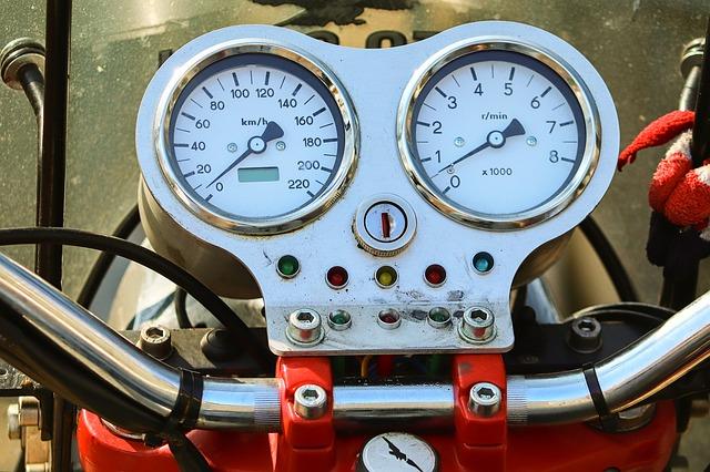 事故有の等級には事故有期間が付きまとうのですが・バイク保険 等級新規・期間・引継ぎ・排気量・中断・自動車保険