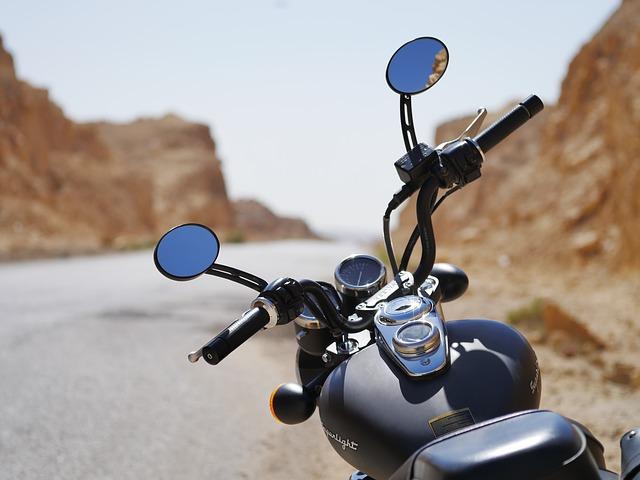 保険料相場を見る・ファミリーバイク特約250ccや400ccはダメ125cc以下が対象