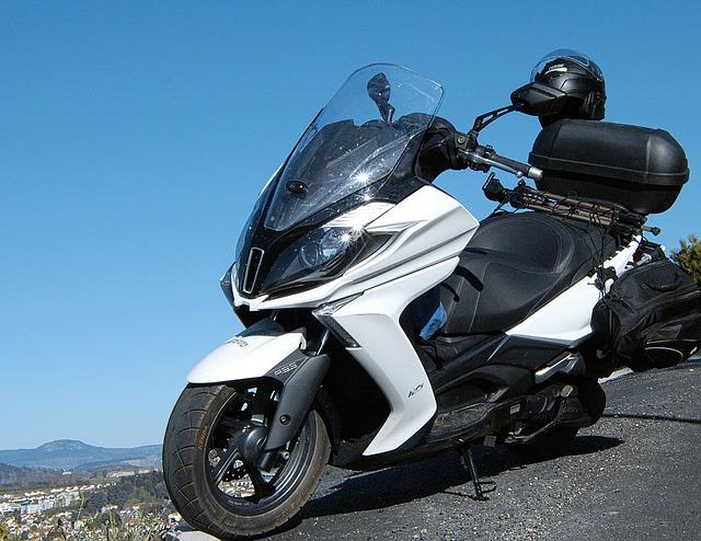 単体のバイク保険の保険料・補償内容・原付の任意保険に入ってない?入るべきか?入らない理由は?