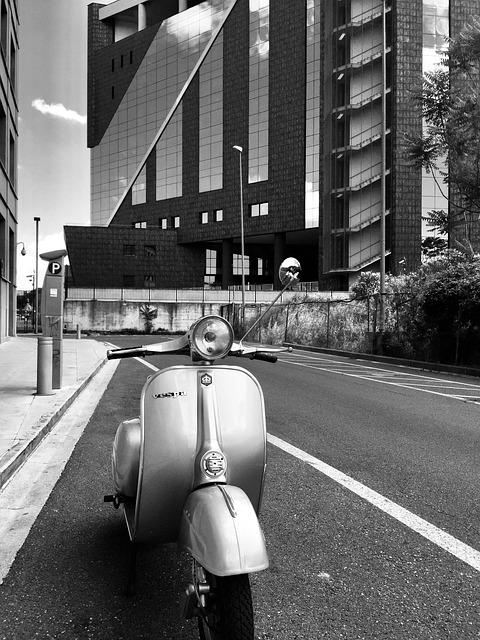単体のバイク保険の入り方・必要書類・原付・任意保険・コンビニ・ファミリーバイク特約・自賠責保険・入り方・契約方法・加入方法