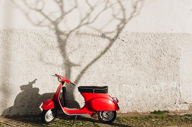 単体のバイク保険の選び方・原付・任意保険・コンビニ・ファミリーバイク特約・自賠責保険・入り方・契約方法・加入方法