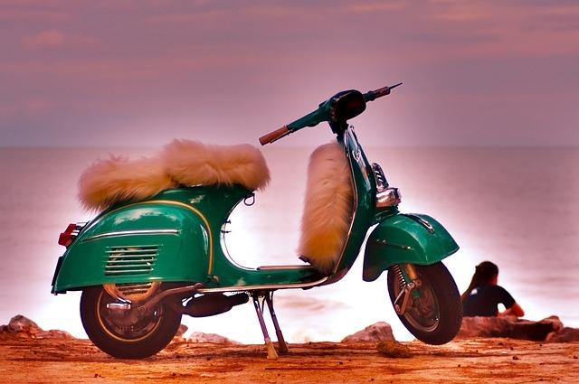 原付の定義・原付バイク任意保険|月払いの保険料はどのくらい?月々・月額