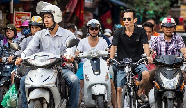 早わかりですよ・ファミリーバイク特約・料金・年間・月々・比較・保険料・金額・値段・月払い・年払い・年額・月額