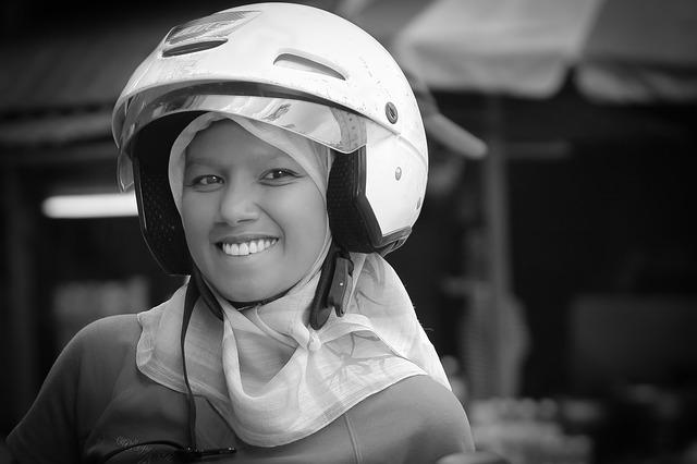 自損事故型と人身事故型・ファミリーバイク特約・料金・年間・月々・比較・保険料・金額・値段・月払い・年払い・年額・月額