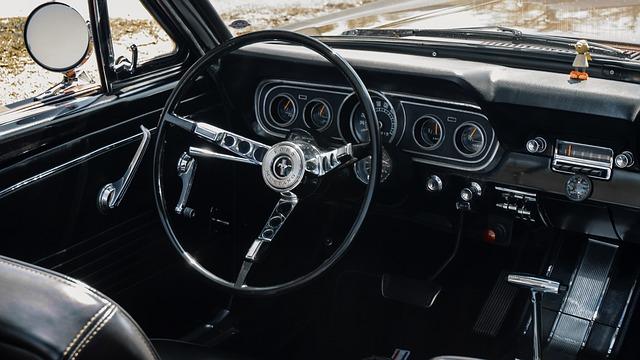 運転者限定・そんぽ24|年齢条件|自動車保険の運転者年齢条件とは?