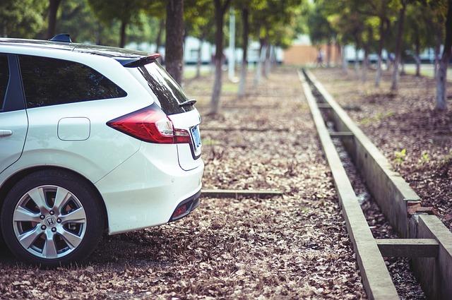 運転者限定・セコム損保の自動車保険|年齢条件|運転者限定|本人限定|本人・配偶者限定