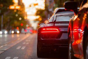 自動車保険・年齢制限・他人が運転・年齢条件・運転者限定・運転者の範囲・友人・知人・家族以外の人