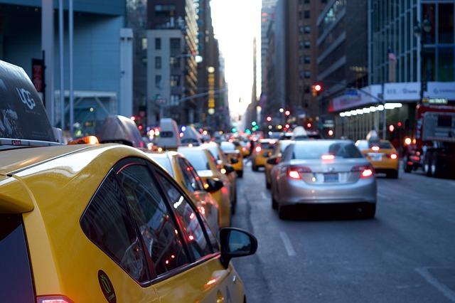 あおり運転にも対応・東京海上日動・ドライブエージェントパーソナル・ドライブレコーダー・ドラレコ・自動車保険・保険料・料金・事故発生の通知等に関する特約