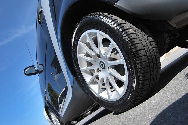 保険会社一覧・あいおいニッセイ・自動車保険・ASV割引・自動ブレーキ割引・割引率・9%・AEB・衝突被害軽減ブレーキ