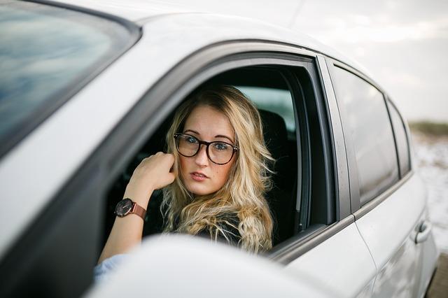 自然災害に車両保険・あいおいニッセイ・車両保険・自動車保険・台風・等級・免責・全損・分損|詳細解説