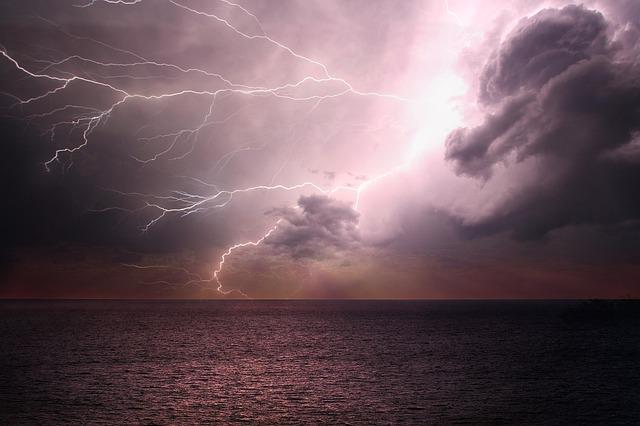 自然災害・こくみん共済coop(全労済)・車両保険・自動車保険・台風・等級・免責・全損・分損|詳細解説
