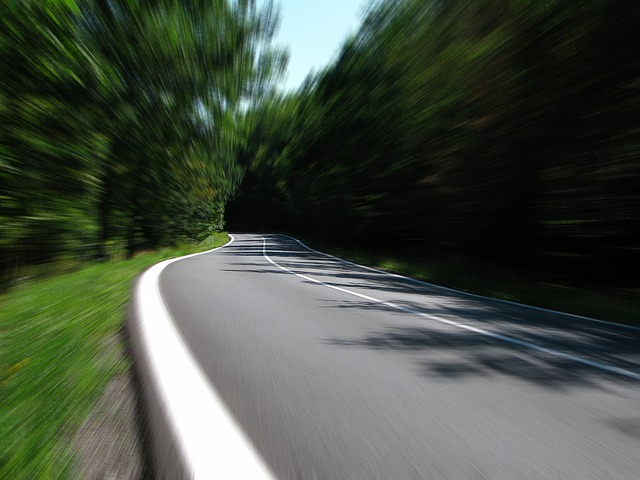 アラート・【4社比較】自動車保険のドライブレコーダー特約(ドラレコ特約)|比較・おすすめ・割引