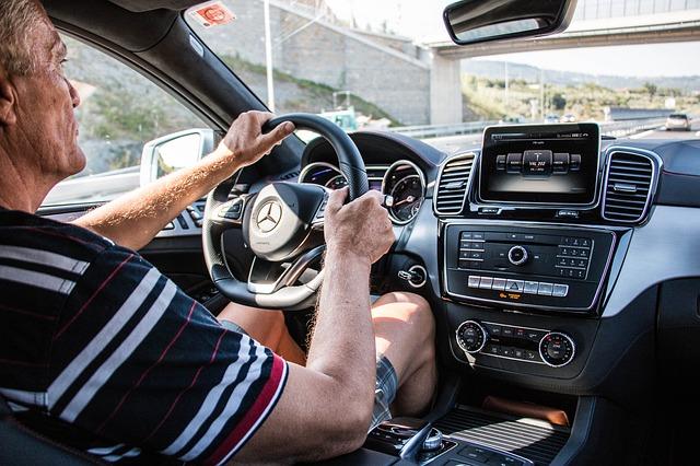ドライブレコーダー・映像・提出・義務・裁判・警察・保険会社・裁判所