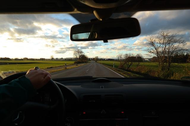 原則提出義務なし・ドライブレコーダー・映像・提出・義務・裁判・警察・保険会社・裁判所