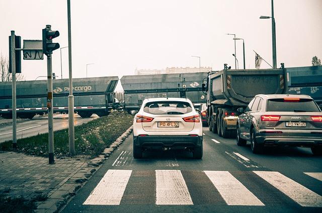 自動車保険のドライブレコーダー特約(ドラレコ特約)・比較・おすすめ・割引・ドライブレコーダー付き自動車保険