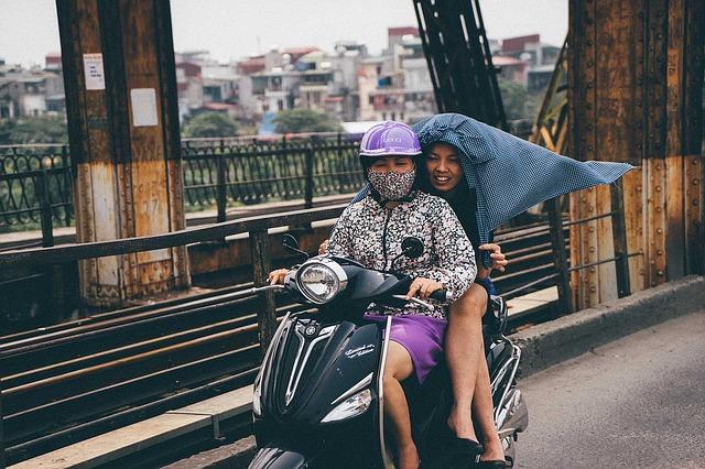 同乗者もヘルメット着用・二人乗りの条件