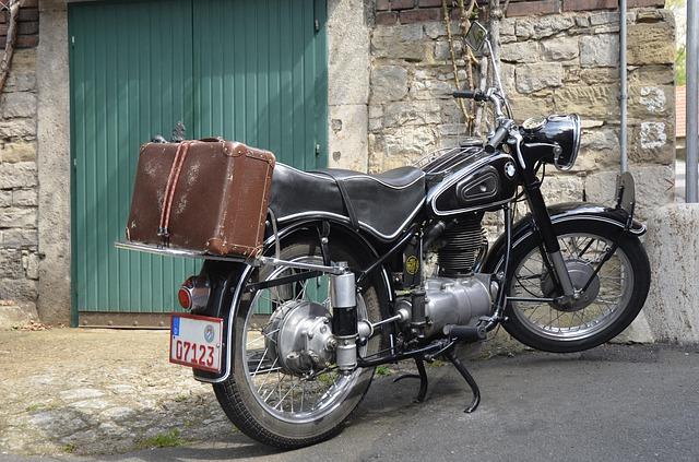 年度の途中でバイクを購入したら納税不要