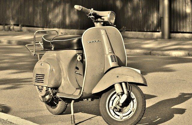 普通免許で乗れるのは50cc以下のバイクだけ