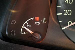 水温計・車・上がらない・高い・低い・ランプ・ない・見方・表示