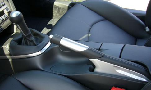 サイドブレーキ・車検・引きずり・制動力・固い・固着