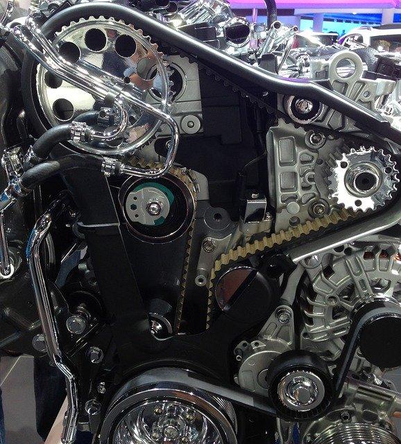エンジンブロー・とは・原因・修理・修理費用・工賃・バイク・車両保険・音・症状