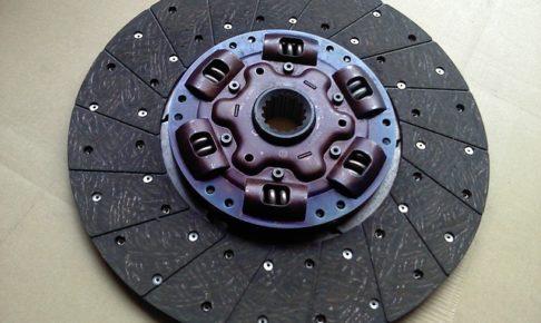 クラッチフェーシング・摩耗・オイル付着・材質・当たり不良・表面硬化・リベットの緩み