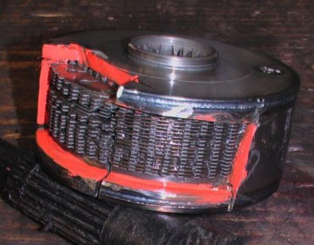 ビスカスカップリング・とは・仕組み・4WD